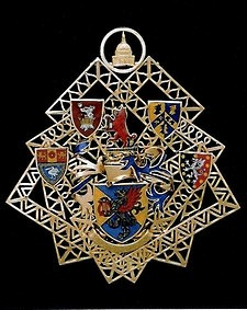 Enamel heraldry on filigree gold
